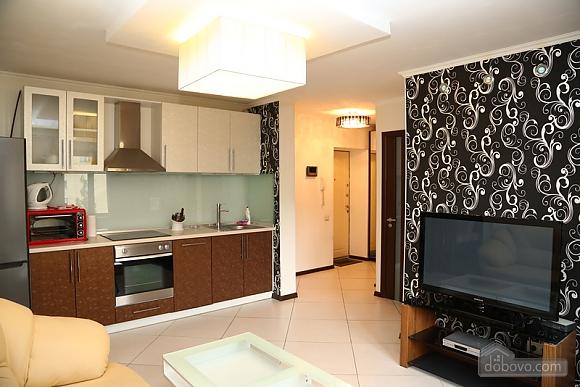 Квартира класса люкс в центральном районе, 2х-комнатная (20434), 007