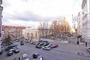 Accommodations with good renovation near Khreshchatyk, Studio, 010