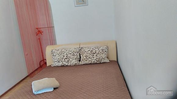 Квартира в історичному центрі біля моря, 1-кімнатна (38921), 005