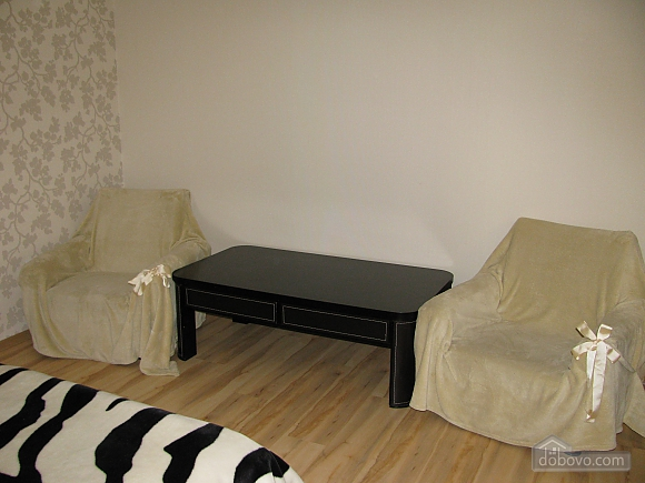 VIP apartment near the bus station with Wi-Fi, Un chambre (94299), 002