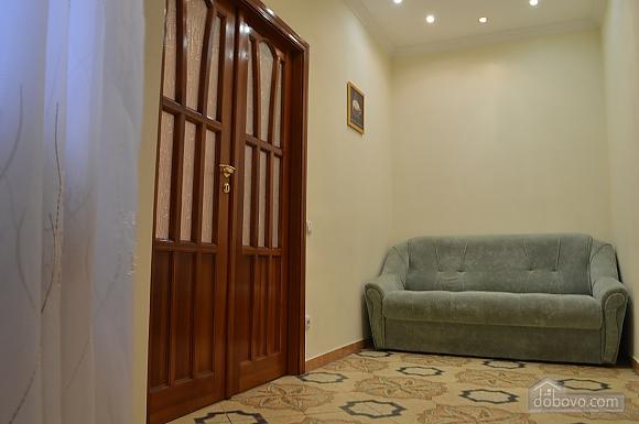 Уютная квартира в самом центре, 1-комнатная (38985), 004