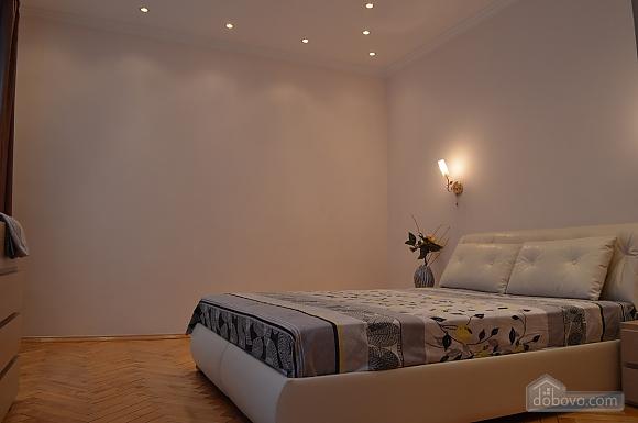Уютная квартира в самом центре, 1-комнатная (38985), 008