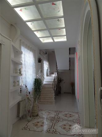 VIP apartment with a terrace on Mayakovskoho, Tre Camere (85288), 007