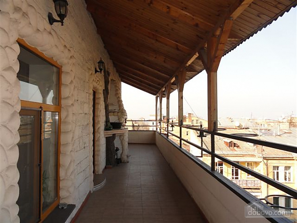 VIP apartment with a terrace on Mayakovskoho, Tre Camere (85288), 010