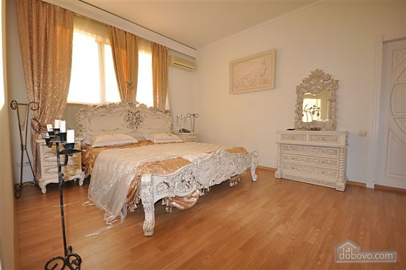 VIP apartment with a terrace on Mayakovskoho, Three Bedroom (85288), 029