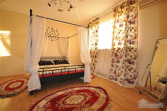 VIP apartment with a terrace on Mayakovskoho, Tre Camere (85288), 031