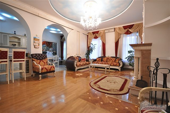 VIP apartment with a terrace on Mayakovskoho, Tre Camere (85288), 043