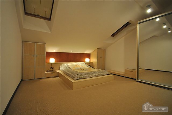VIP Penthouse in the center of Odessa, Trois chambres (15544), 008