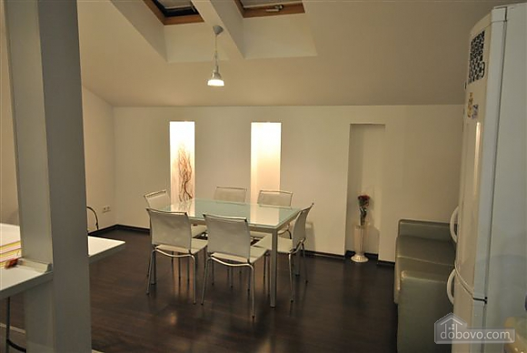VIP Penthouse in the center of Odessa, Trois chambres (15544), 012