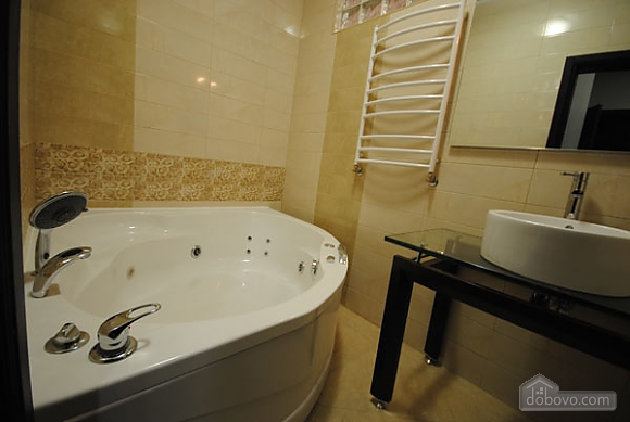 Apartment near the Opera House with a jacuzzi, Deux chambres (56673), 024