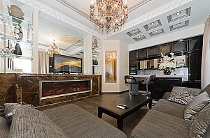 VIP apartment with sauna and Jacuzzi, One Bedroom, 001