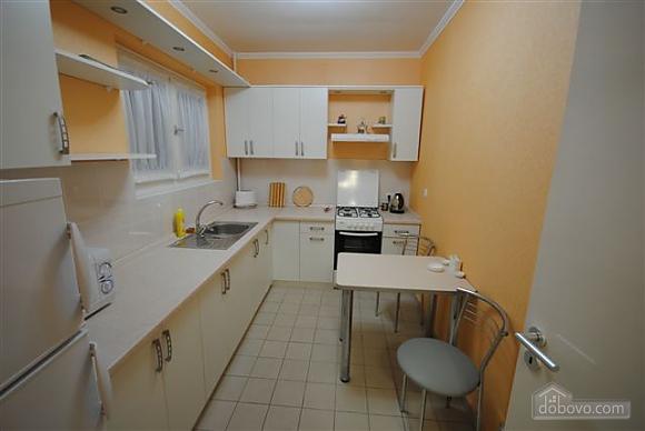Квартира біля Дерибасівської, 3-кімнатна (53970), 014