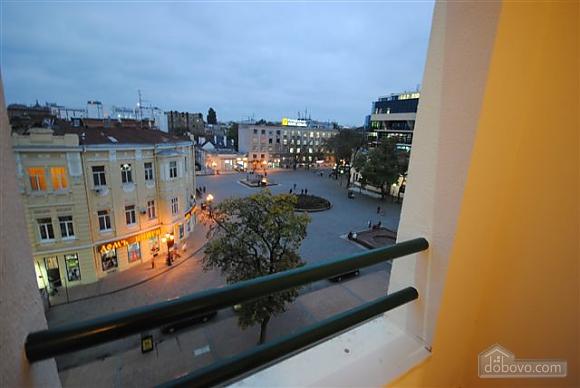 Квартира біля Дерибасівської, 3-кімнатна (53970), 021