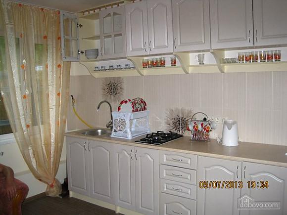 Квартира на 16 станции Большого Фонтана, 3х-комнатная (57871), 001