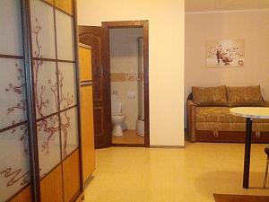 Невелика квартира біля моря, 1-кімнатна, 001