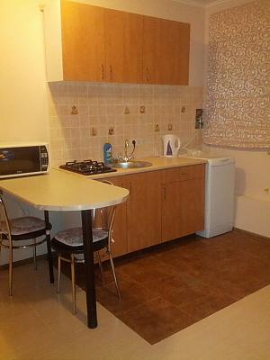 Невелика квартира біля моря, 1-кімнатна, 004