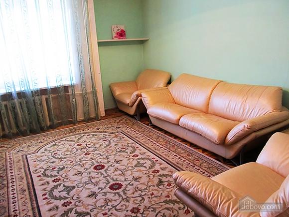 Квартира на Червоноармійській, 3-кімнатна (76193), 002