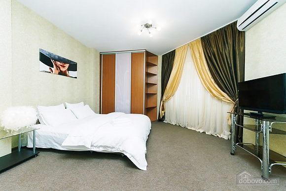 Apartment in new building near the metro station Pozniaky, Monolocale (41610), 003