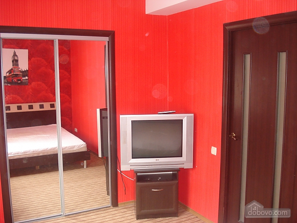 Apartment in the city center, Un chambre (37775), 003