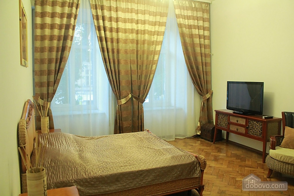 Apartment in the center of Odessa, Deux chambres (24348), 002