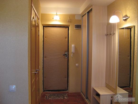 Apartment near Obolon metro station, Studio (19525), 009