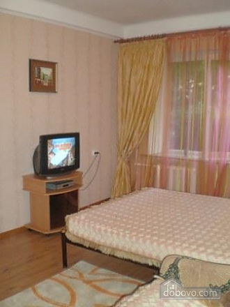Квартира біля метро Палац Україна, 1-кімнатна (47147), 003