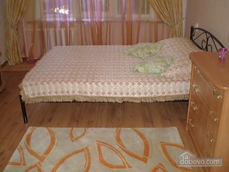 Квартира біля метро Палац Україна, 1-кімнатна (47147), 004