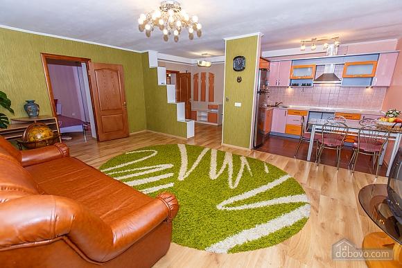 Apartment in Kamenetz-Podolsk, Zweizimmerwohnung (83892), 001
